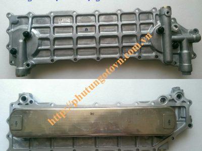 2641083802 Két làm mát nhớt động cơ D6AC và 6D22
